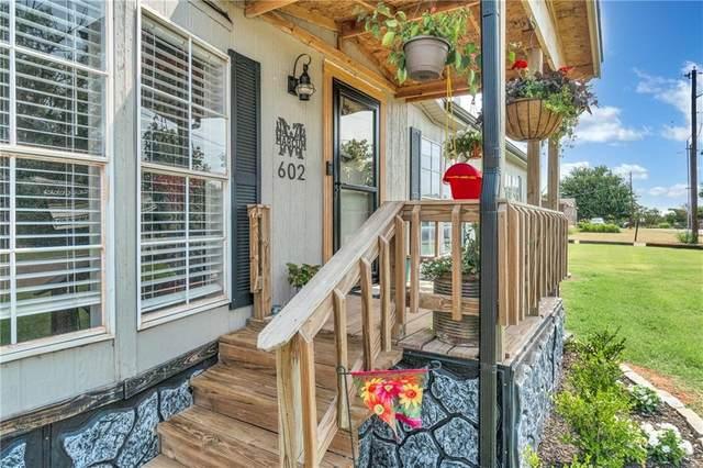 602 N Booth, Elk City, OK 73644 (MLS #963835) :: Keller Williams Realty Elite