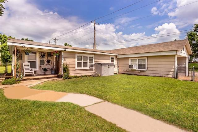 401 SW 1st Street, Tuttle, OK 73089 (MLS #966304) :: Sold by Shanna- 525 Realty Group