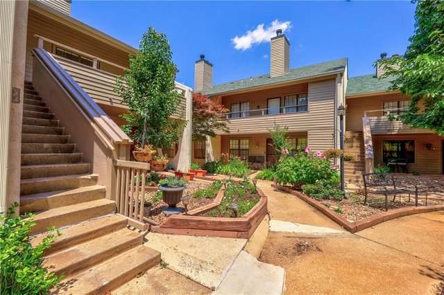 11130 Stratford Drive #419, Oklahoma City, OK 73120 (MLS #966765) :: The UB Home Team at Whittington Realty