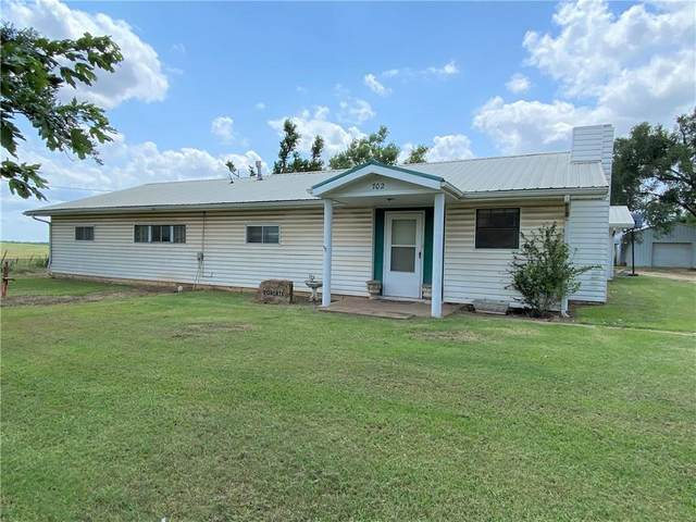 702 W Noble, Orlando, OK 73073 (MLS #967339) :: Meraki Real Estate