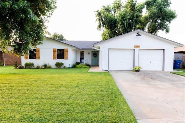 1225 W Westchester Way, Mustang, OK 73064 (MLS #967559) :: Meraki Real Estate