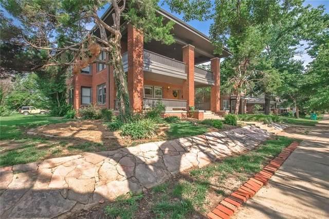 2903 N Robinson Avenue, Oklahoma City, OK 73103 (MLS #967595) :: Homestead & Co