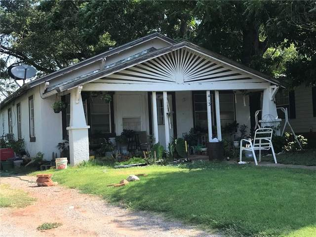 413 W Locust Street, Sayre, OK 73662 (MLS #968112) :: Homestead & Co