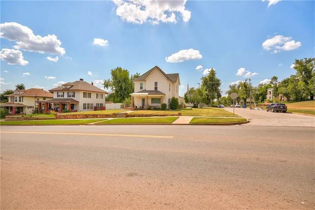 1323 W Noble Avenue, Guthrie, OK 73044 (MLS #968549) :: Keller Williams Realty Elite
