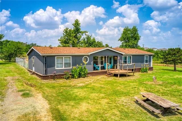 9701 E Horseshoe Lane, Moore, OK 73160 (MLS #968643) :: Homestead & Co