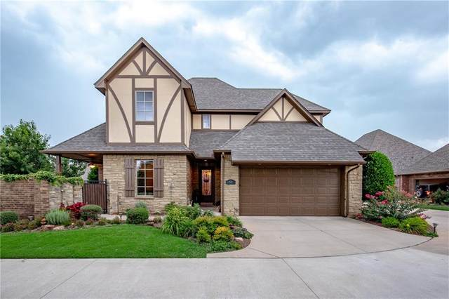 929 Villas Creek Drive, Edmond, OK 73003 (MLS #968743) :: Homestead & Co