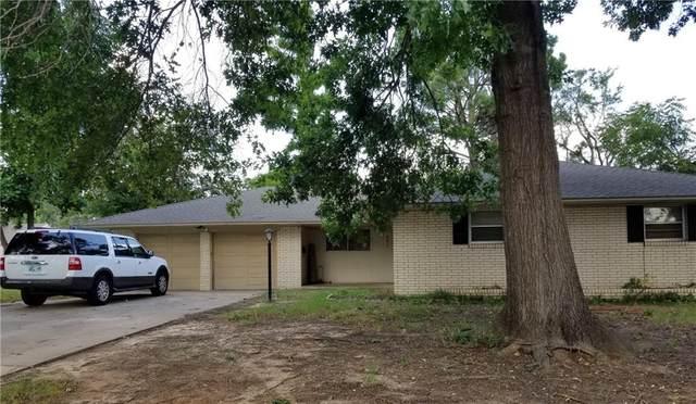 4813 NW 33rd Street, Oklahoma City, OK 73122 (MLS #968797) :: Homestead & Co