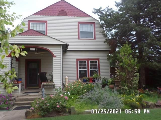 1121 S Barker Avenue, El Reno, OK 73036 (MLS #968885) :: Meraki Real Estate