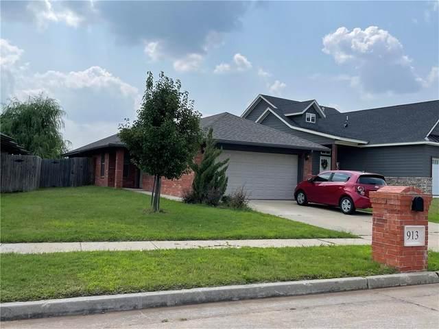 913 Saint Cecil Avenue, Moore, OK 73160 (MLS #969272) :: Erhardt Group