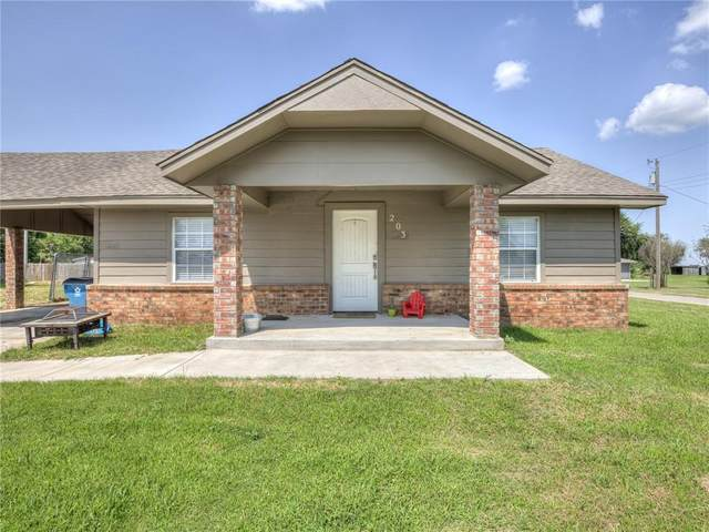203 NW 6th Street, Tuttle, OK 73089 (MLS #969319) :: The UB Home Team at Whittington Realty