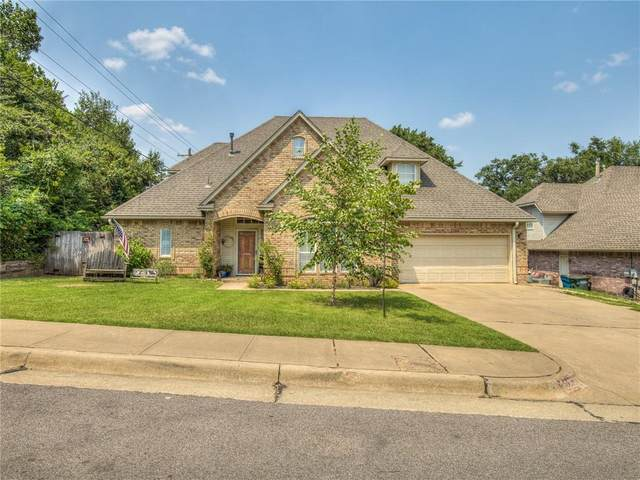 3925 Devon Drive, Edmond, OK 73034 (MLS #970048) :: Homestead & Co