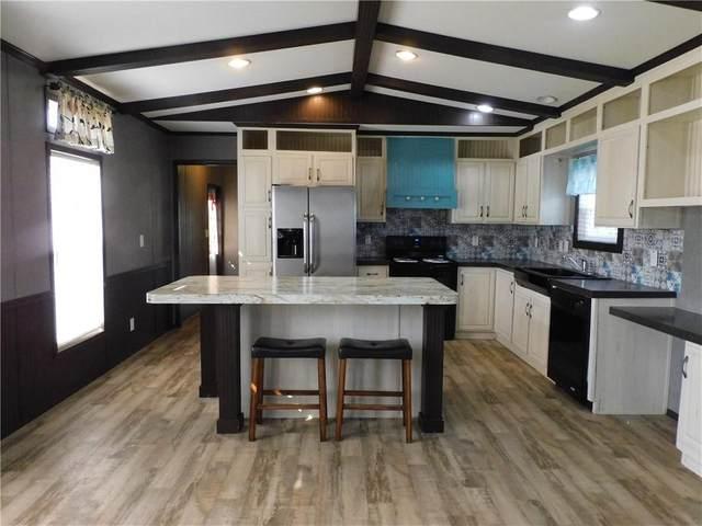 11809 Sapphire Lane, Blanchard, OK 73010 (MLS #972181) :: Homestead & Co