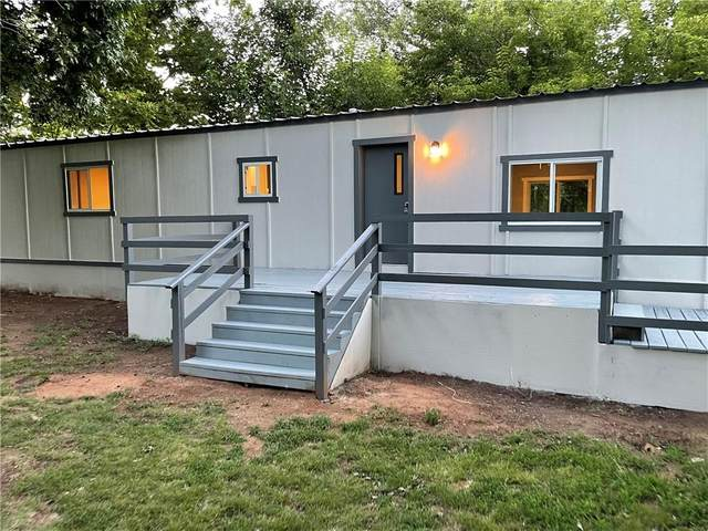 12013 SW 26th Street, Yukon, OK 73099 (MLS #972391) :: The UB Home Team at Whittington Realty