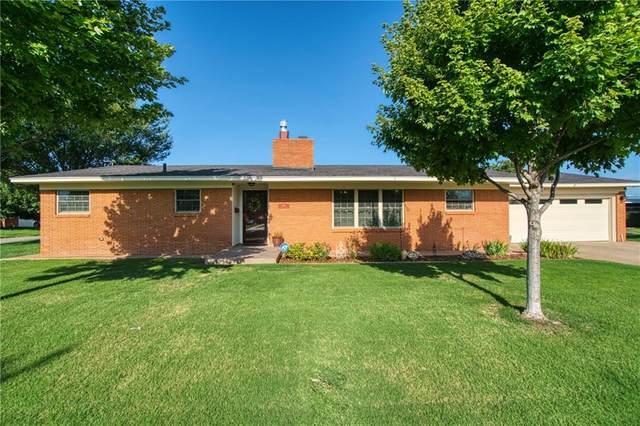 1901 Sumner Drive, Altus, OK 73521 (MLS #972519) :: KG Realty