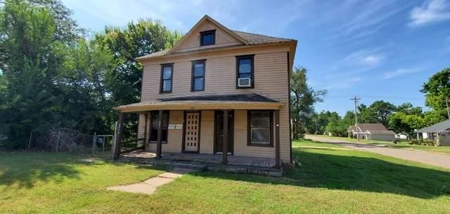 601 E Harrison Avenue, Guthrie, OK 73044 (MLS #972585) :: Meraki Real Estate