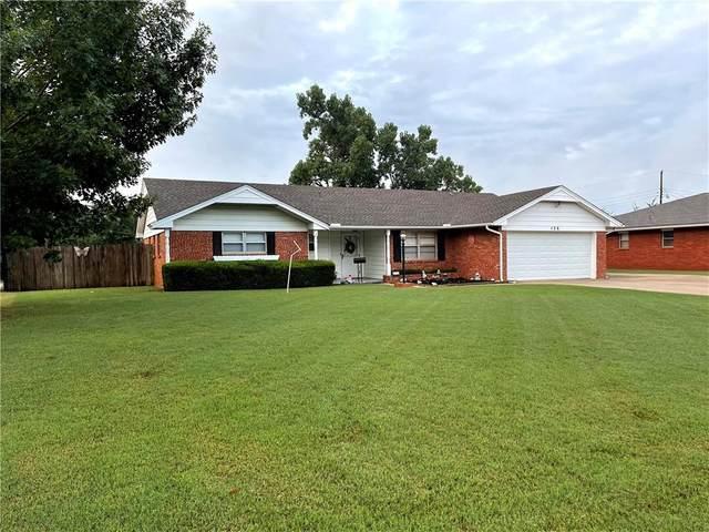 126 Briarwood Street, Moore, OK 73160 (MLS #972587) :: Meraki Real Estate