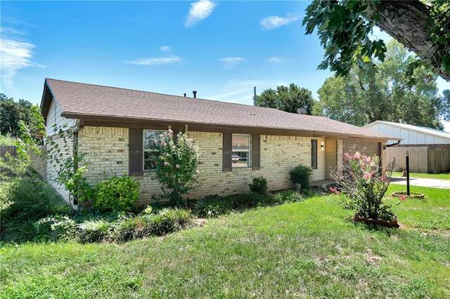 2020 W 7th Place, Elk City, OK 73644 (MLS #972627) :: Sold by Shanna- 525 Realty Group