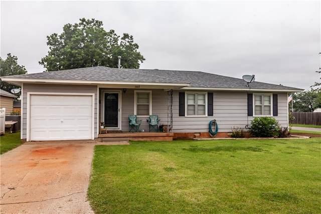 1003 W D Avenue, Elk City, OK 73644 (MLS #972664) :: Meraki Real Estate