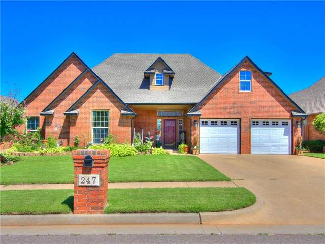 247 E Richmond Terrace, Mustang, OK 73064 (MLS #972867) :: The UB Home Team at Whittington Realty