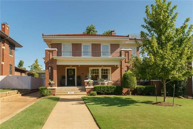 207 NW 18th Street, Oklahoma City, OK 73103 (MLS #973454) :: Sold by Shanna- 525 Realty Group