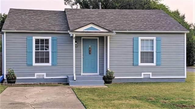 902 E Symmes Street, Norman, OK 73071 (MLS #973918) :: The UB Home Team at Whittington Realty