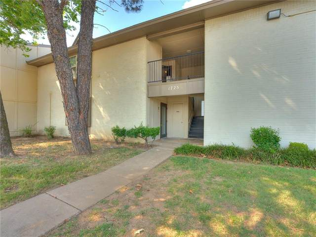 1725 E Lindsey Street #4, Norman, OK 73071 (MLS #974185) :: Sold by Shanna- 525 Realty Group