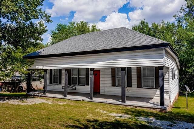 704 N 2nd Avenue, Purcell, OK 73080 (MLS #974429) :: Meraki Real Estate