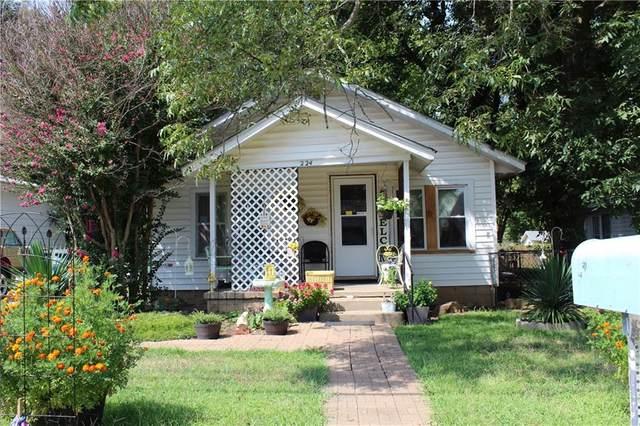 224 S Draper Avenue, Shawnee, OK 74801 (MLS #974479) :: KG Realty