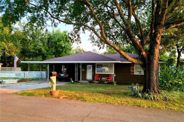 917 W Tahlequah Avenue, Sulphur, OK 73086 (MLS #975283) :: Keller Williams Realty Elite