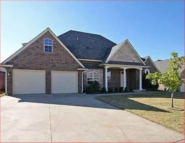 308 E Raleigh Terrace, Mustang, OK 73064 (MLS #975446) :: The UB Home Team at Whittington Realty