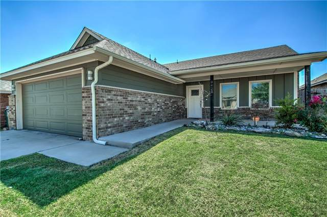 9428 NW 92nd Street, Yukon, OK 73099 (MLS #975624) :: Meraki Real Estate