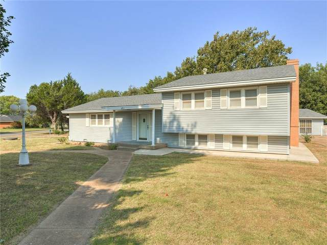401 Texas Street, Weatherford, OK 73096 (MLS #975784) :: Homestead & Co