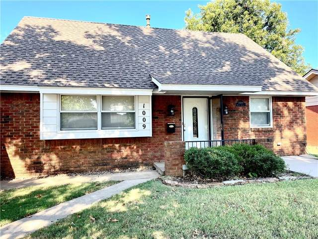 1009 Woods Avenue, Norman, OK 73069 (MLS #976383) :: The UB Home Team at Whittington Realty