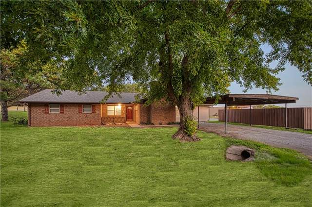 628 W 4th Street, Cordell, OK 73632 (MLS #976502) :: Erhardt Group