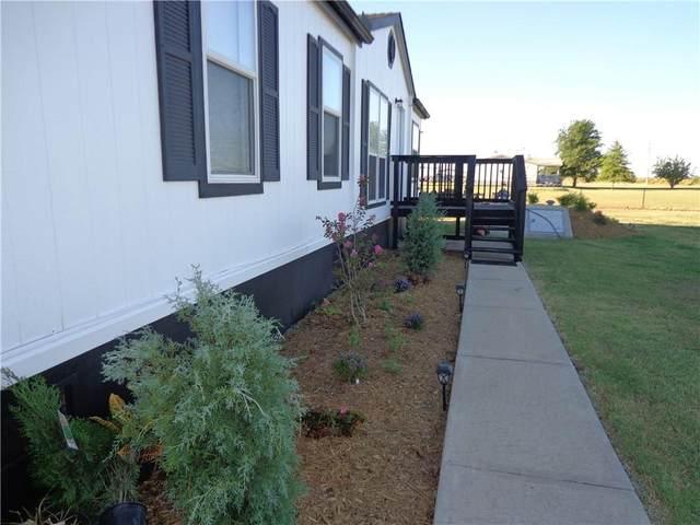 9855 N Gregory Road, Yukon, OK 73099 (MLS #977044) :: Erhardt Group