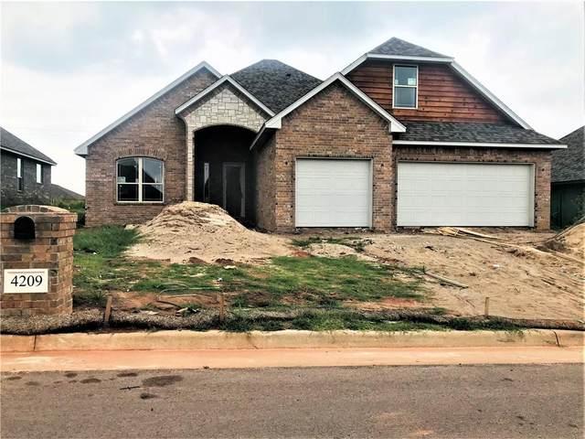4209 Silver Maple Way, Oklahoma City, OK 73179 (MLS #977066) :: The UB Home Team at Whittington Realty