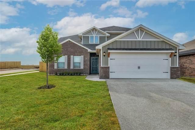 917 NW 3rd Street, Newcastle, OK 73065 (MLS #977089) :: Maven Real Estate