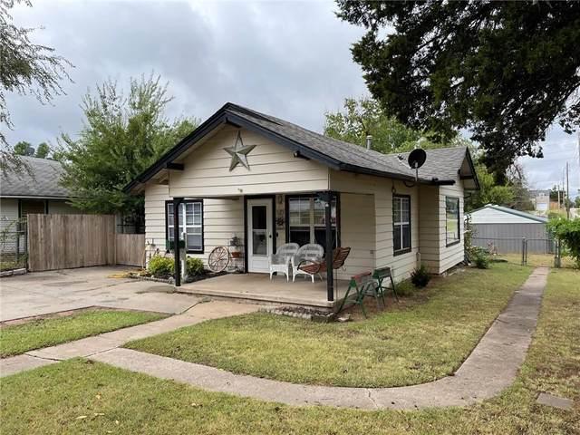 1402 S 12th Street, Chickasha, OK 73018 (MLS #979149) :: Keller Williams Realty Elite