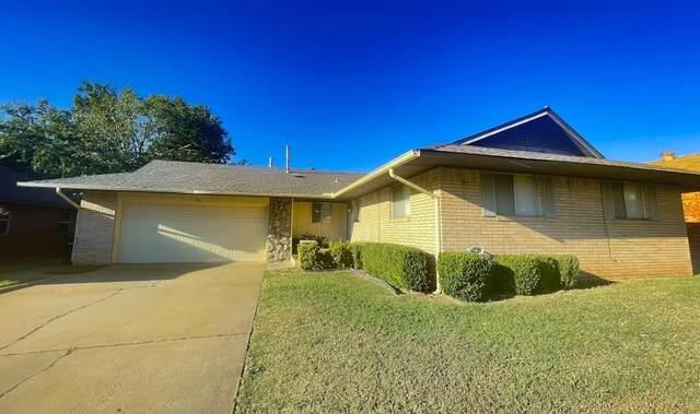 111 Meadowbrook Drive, Moore, OK 73160 (MLS #979296) :: Homestead & Co