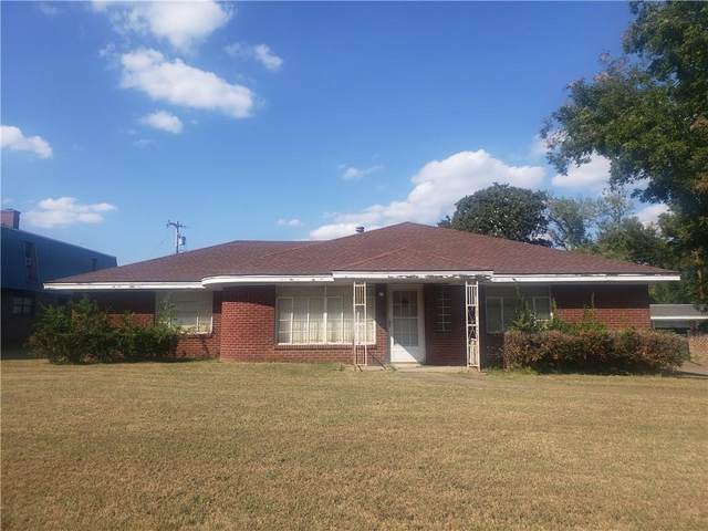 103 Kendall Street, Pauls Valley, OK 73075 (MLS #979395) :: Homestead & Co