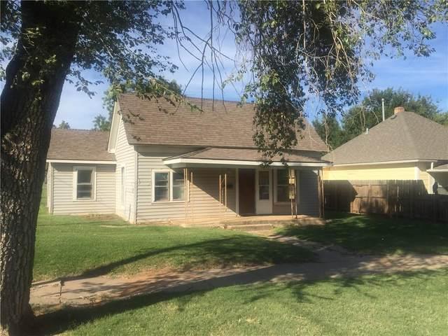 521 W Main Street, Weatherford, OK 73096 (MLS #979506) :: 580 Realty