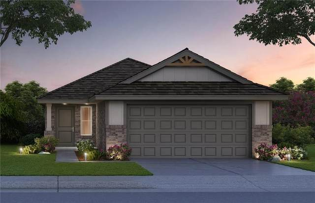 3804 Apple Villas Circle, Moore, OK 73160 (MLS #979666) :: KG Realty