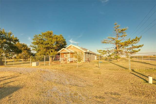 22303 E 1260 Road, Rocky, OK 73661 (MLS #979997) :: Homestead & Co