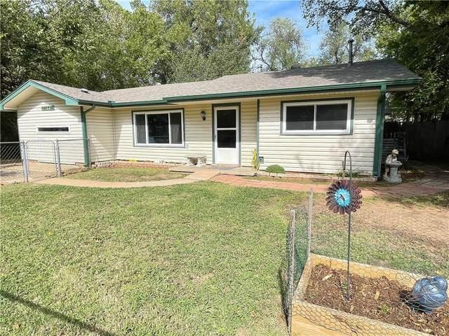 1310 E 2nd Street, Cushing, OK 74023 (MLS #980147) :: Homestead & Co