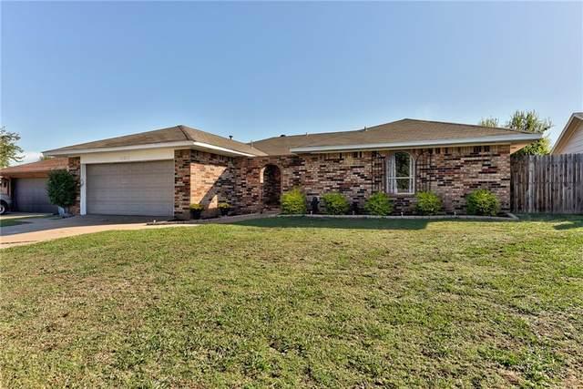 11712 N Shartel Avenue, Oklahoma City, OK 73114 (MLS #980815) :: Homestead & Co