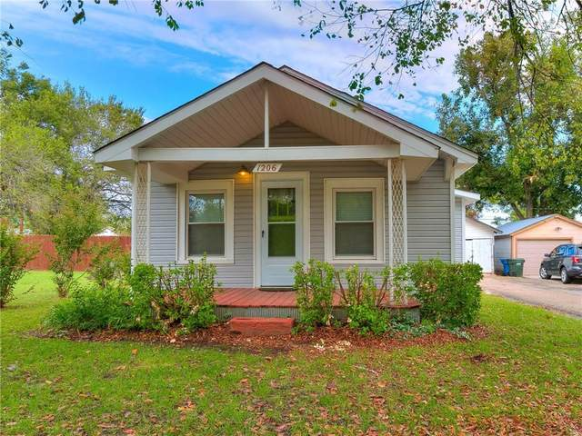 1206 E Maple Street, Cushing, OK 74023 (MLS #980941) :: Homestead & Co