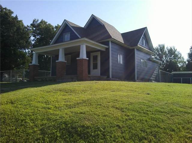1001 N Hobson Avenue, Shawnee, OK 74801 (MLS #981104) :: KG Realty