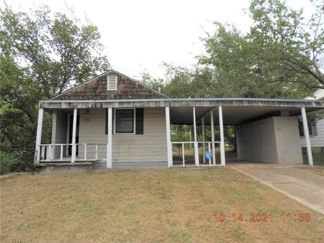 1309 S 14th Street, Chickasha, OK 73018 (MLS #981120) :: 580 Realty
