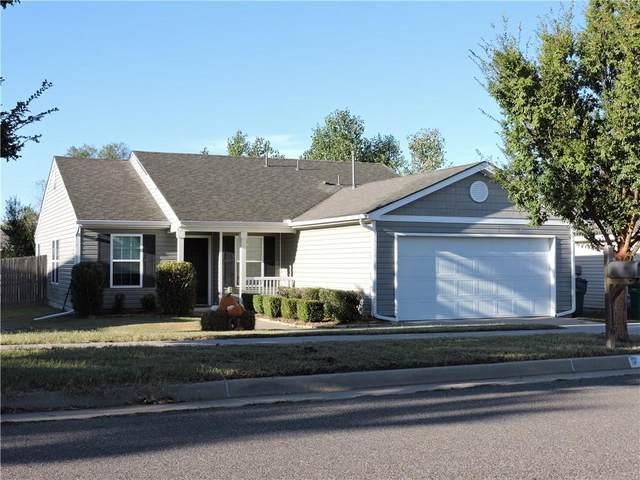 1116 SW 155th Street, Oklahoma City, OK 73170 (MLS #981627) :: Keller Williams Realty Elite