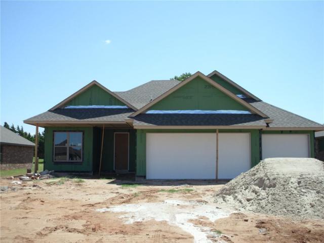 1324 N Vicksburg, Mustang, OK 73064 (MLS #781905) :: Wyatt Poindexter Group